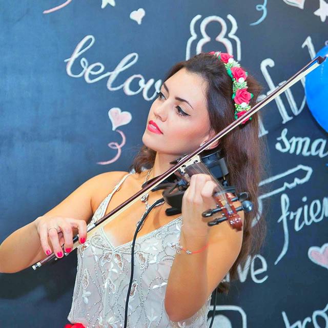 Скрипачка Виктория Ганапольская в Киеве на свадьбу, праздник, корпоратив, юбилей